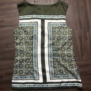 Banana republic sleeveless blouse top floral